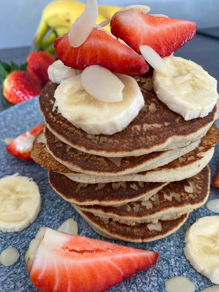 Banana Pancakes with strawberries and banana