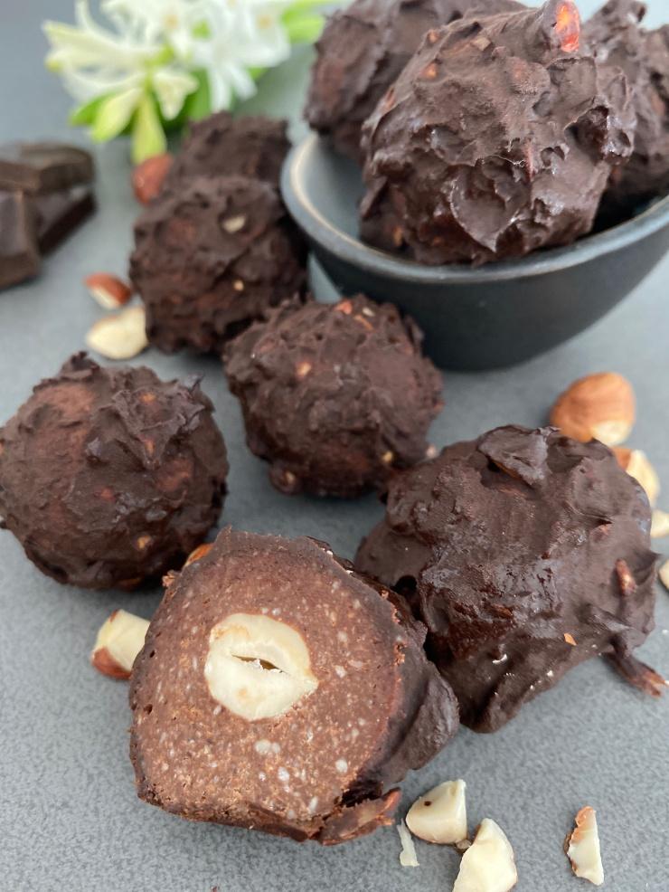 Healthy Ferrero Rocher Energy Balls