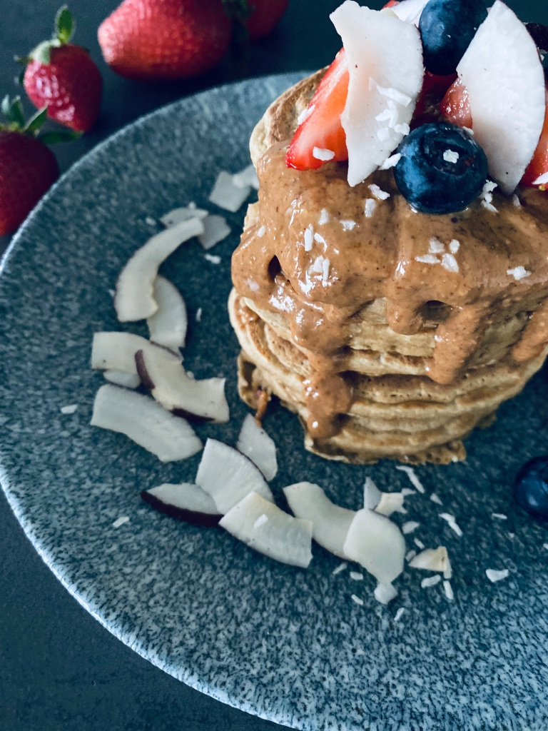 Healthy Coconut Pancakes with Peanut Butter