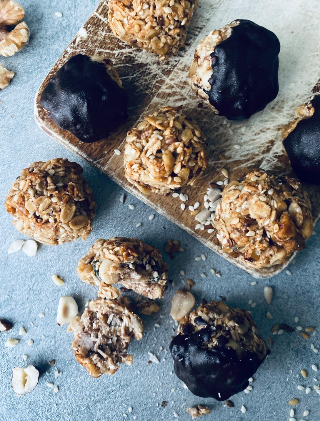 Crunchy Granola Cookies